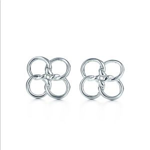 Tiffany & Co Elsa Peretti Quadrifoglio Earrings.